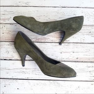 PALIZZIO Vintage Suede Leather Snake Pumps 8.5